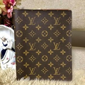 Authentic LV COVER GM